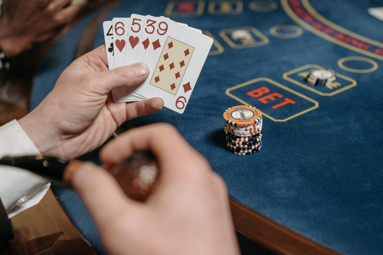 Play Online Black Jack For Free